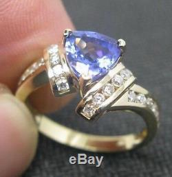 14KT White Gold 2.00 Carat Natural Blue Tanzanite EGL Certified Diamond Ring