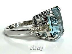 9.63 carat Natural AAA Grade Aquamarine and Diamond Ring GIA Certified 18k