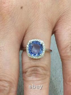IGI CERTIFIED 3.13 Ct High Quality Blue Sapphire Ring 18K Gold and Diamonds