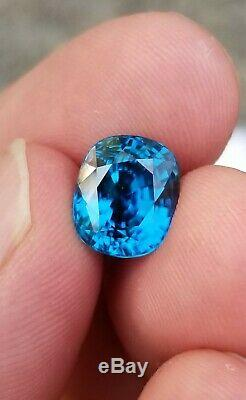 Natural certified vivid blue zircon from Cambodia AAA+ color 7.88ct